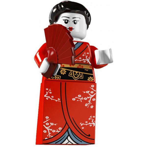 Giapponesina con Kimono